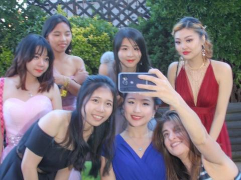 2017-06-07-EWSIS-Prom-54.jpg